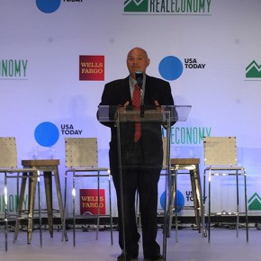 """Mark Vitner, managing director and senior economist with Wells Fargo, was among the economic development and business experts who talked about Charlotte's bright economic outlook during """"The Real Economy,"""" a panel discussion at the Mint Museum on Monday. Photo by Mark Abramson"""