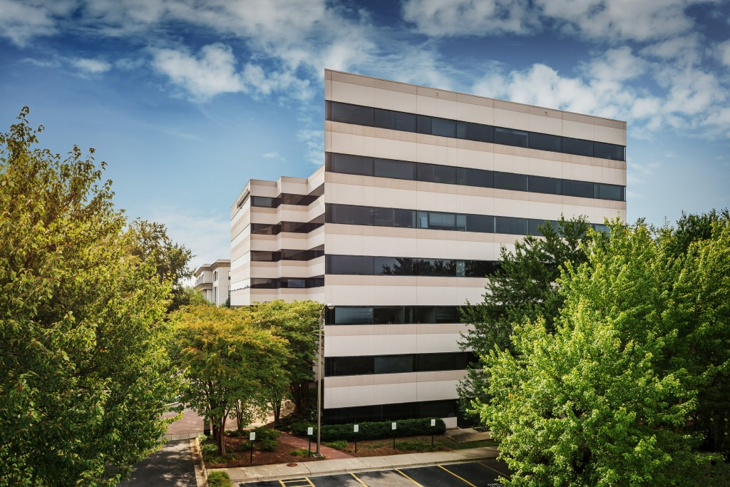 Beacon Partners has sold Fairview Center in SouthPark for nearly $33.8 million. Photo courtesy of CBRE's Charlotte office