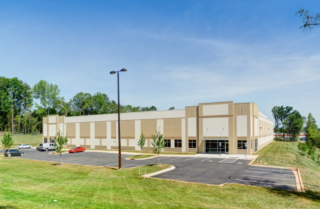 Beacon Properties leased this 50,400-square-foot spec building in Fort Mill to a freight-forwarding company. Photo courtesy of The Jewell Agency